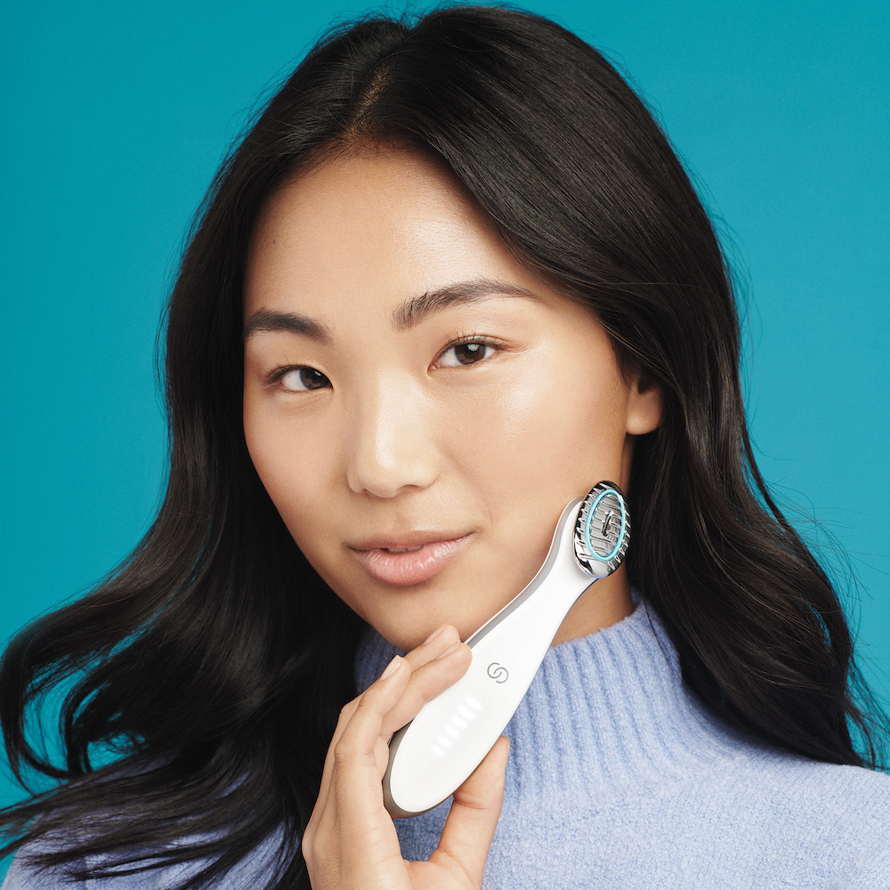 2021's Latest Beauty Gadgets and Tools To Get Your Hands On